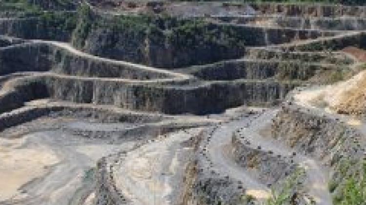 c-se-adjudica-construccion-de-planta-concentradora-de-minera-colquiri-300x200-407279-33B0