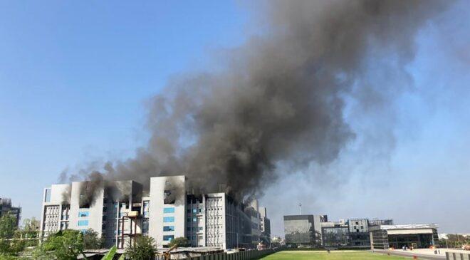Incendio en la sede del mayor fabricante de vacunas del mundo, situado en India