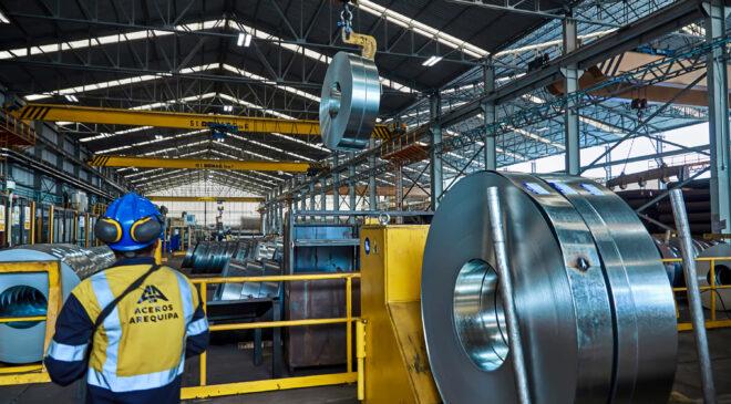 Importación del acero proyecta crecer este año